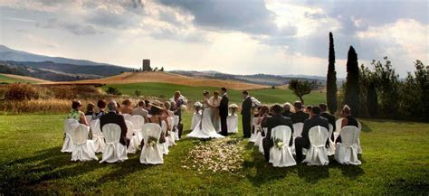 Outdoor Wedding Ideas You Need To Try   Caterers Warehouse Inc
