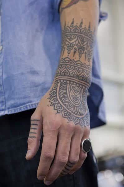 hand tattoos men designs ideas guys