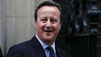 David Cameron sortint del 10 de Downing Street (Reuters)