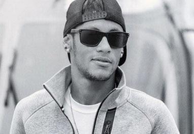 Neymar reclama sobre invasão de privacidade e que nunca pode manter o mesmo número de celular - Reprodução/Instagram
