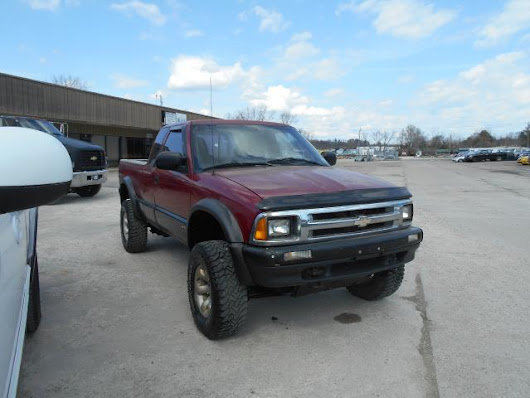 Used 1996 Chevrolet S10 Pickup for Sale in Louisa  KY 41230 Big Blue Motor Sales