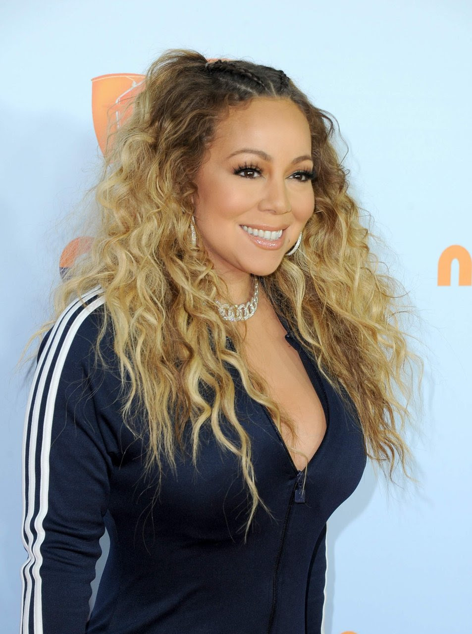 Mariah Carey Cleavage (67 Photos) | #TheFappening
