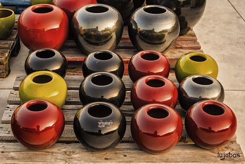 round pots... by lujaban