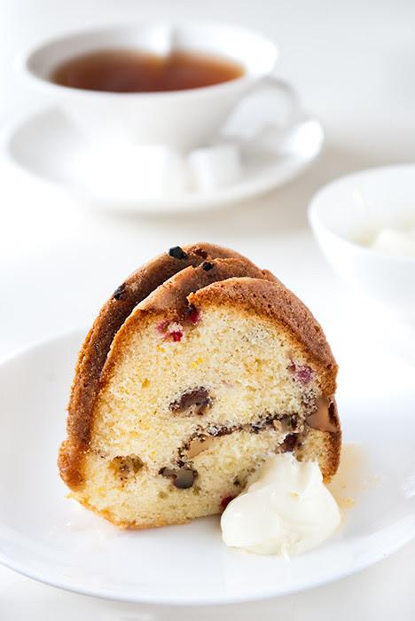 12_10---Walnut-Rasin-&-Currant-Buttermilk-Bundt-Cake