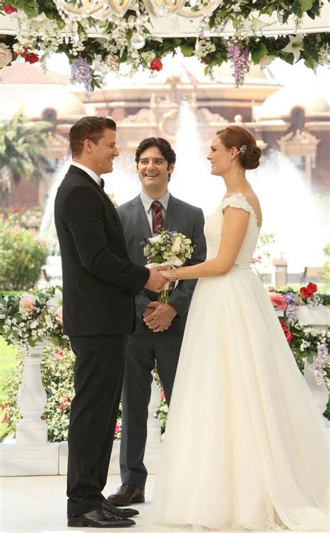 bones   tv  wedding dresses  news