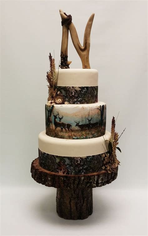 Best 25  Hunting theme weddings ideas on Pinterest   Camo