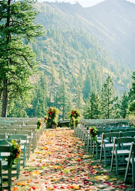 25 Fall Wedding Venues ? Best Locations for Fall Weddings