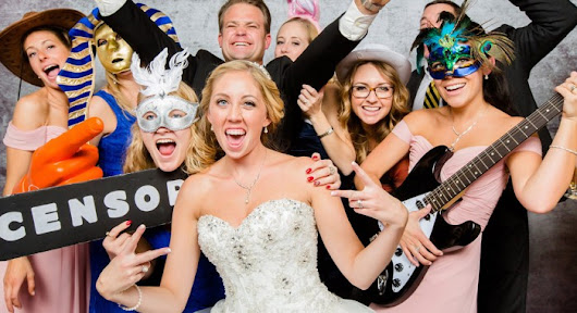 Why You Should Have a Photo Booth at Your Wedding!