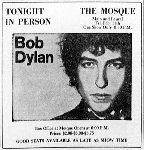 2015-03-13-1426269049-6907066-Bob_DylanThe_Mosquesmall.jpg