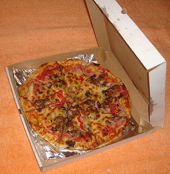 Pizza Toscana in box