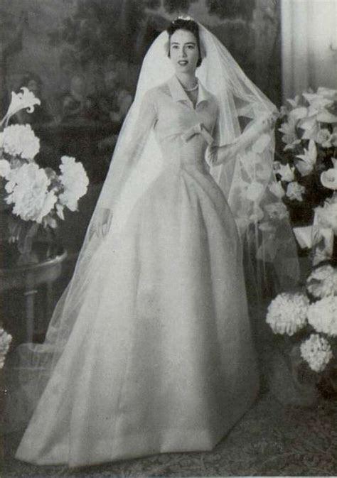 1955 Christian Dior wedding dress   wedding gowns