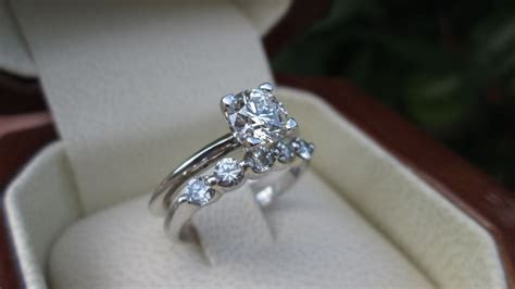 Tips to Buy Cheap Engagement Ring Sets Online   Engagement