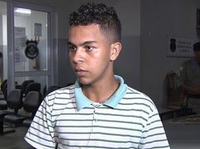 Pablo de Paula foi roubado dias depois devolver celular perdido a dono, em Goiânia, Goiás (Foto: Reprodução/TV Anhanguera)