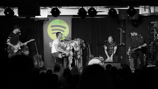 Coldplay release 'Live From Spotify London' - Pop Scoop! - Pop News | Interviews | Celebrity Gossip | Photos | Videos
