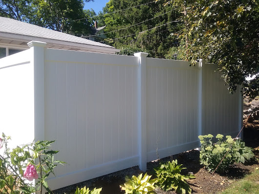 How to Choose the Right Fencing Materials for Privacy at Home - Fence It In