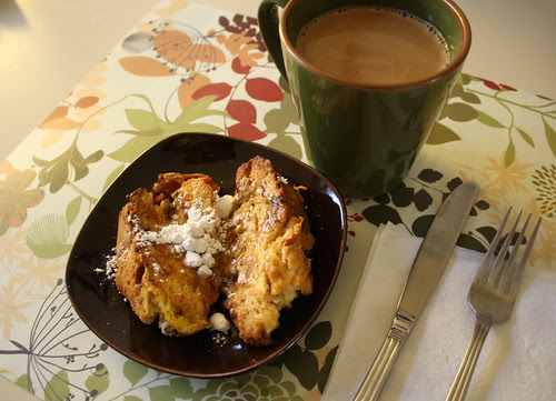 panettone french toast and coffee