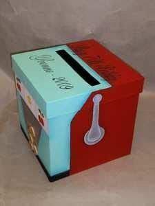 Slot Machine Money Box   Many couples are having a Las
