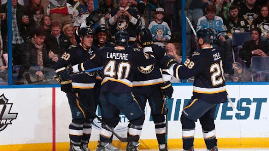 Blues get rare regulation win against Pens