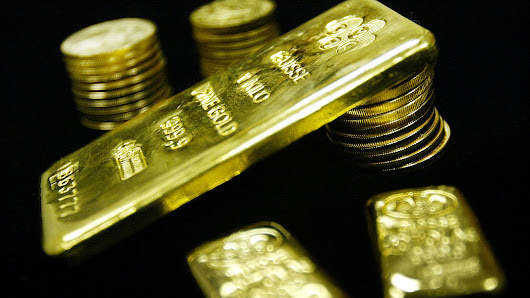 Gold tallies three-session rise, but ends week flat