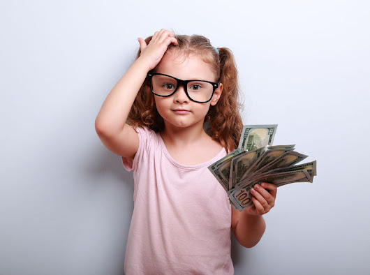 How To Teach Your Kids To Save Money - Life Hacks for Busy Moms