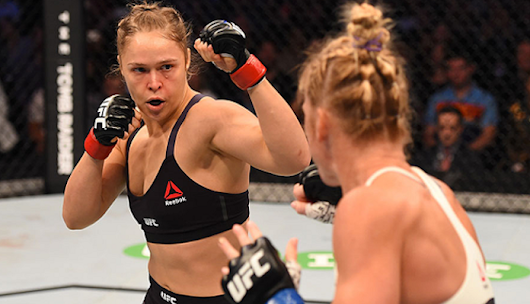 Becky Lynch trashes Ronda Rousey for Holly Holm loss: 'You hid for a year under your blankie' | BJPenn.com