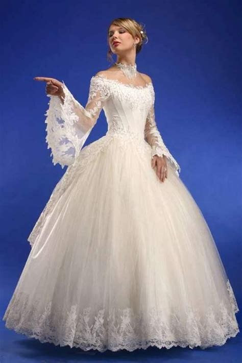 Gorgeous Wedding Dresses From Ukraine   Southern Bell