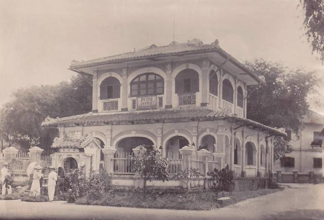 SAIGON - maison hospitaliere en brousse