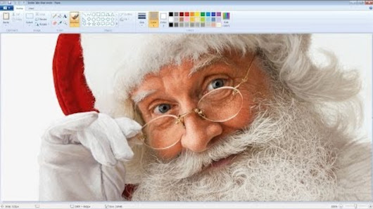You won't believe this picture of Santa Claus was drawn with MS Paint