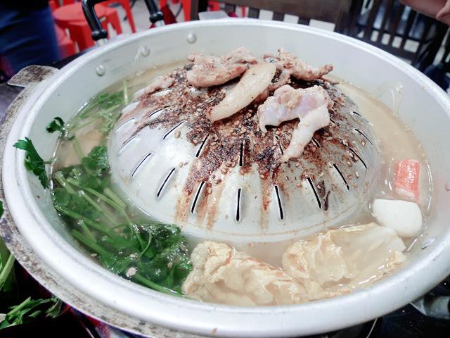 mookata cooking