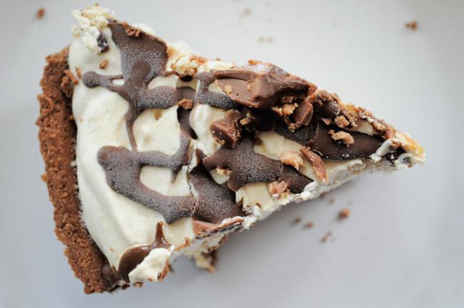 peanutbutterpie-slice