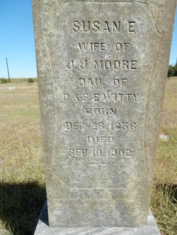 Susan E Witty Moore headstone