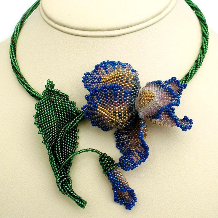Bead artwork by Julia Turova. Irida Necklace