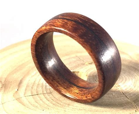 2019 Latest Mens Wooden Wedding Bands