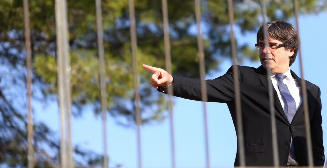 Carles Puigdemont este domingo, durante el homenaje al presidente de la Generalitat de la república, Lluís Companys. REUTERS/Ivan Alvarado