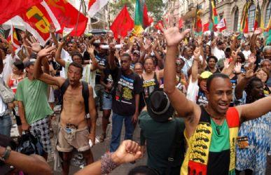 Marcha da Consciência Negra, em novembro de 2009, no Largo do Paissandu, em São Paulo