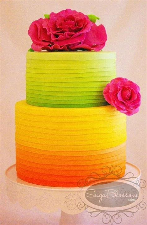 6 Neon Cakes and Parties to Dazzle Your Guests!