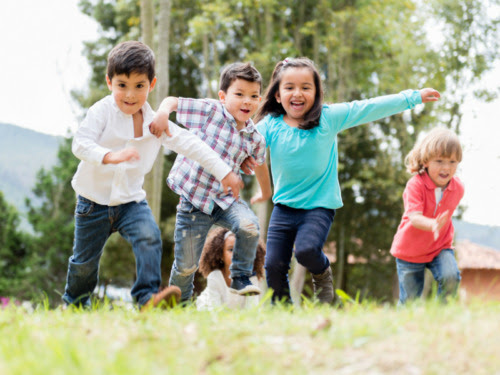 Fun Spring Break Activities For Kids That Don't Require Electronics