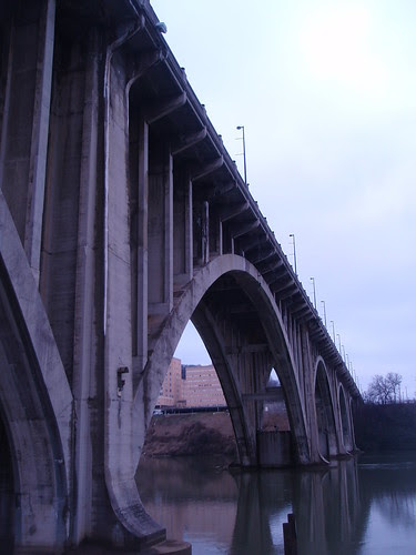 henley street bridge arches