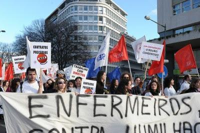 O Bloco de Esquerda tem vindo a denunciar o recurso a trabalho precário em inúmeros estabelecimentos do país. Foto de Paulete Matos.