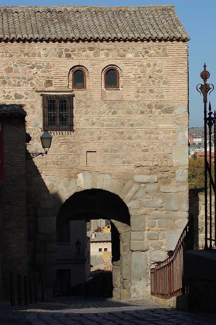 Puerta de Valmardón en Noviembre de 2012. Fotografía de Anne Gutmann