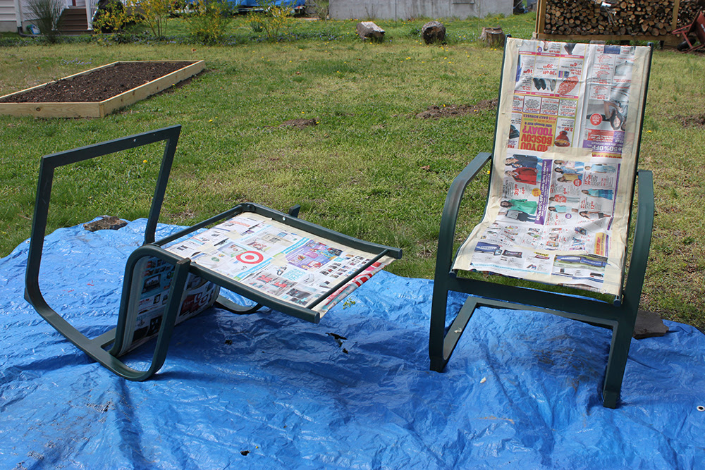 Refurbish Outdoor Furniture with spray paint. Like new! 1 ...