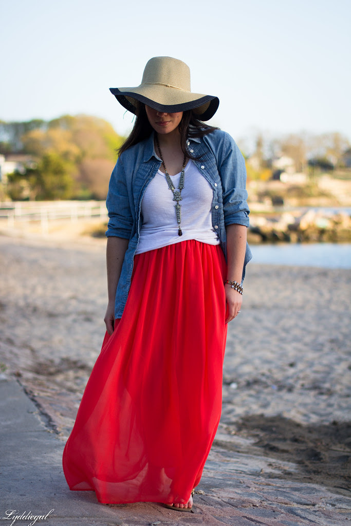 the floppy hat-2.jpg