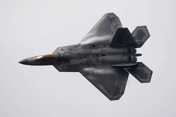 A U.S. Air Force F-22 Raptor fighter jet performs ahead of the International Air and Space Fair (FIDAE) at Santiago international airport, March 28, 2016.