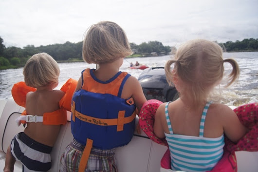 Teach your kids to Love Boating
