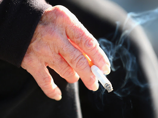 Smoking breaks banned by council