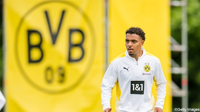 Transfers buitenland: Witsel en Meunier verwelkomen Malen bij Dortmund