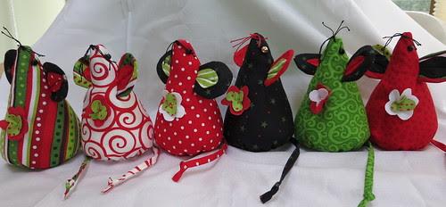 6 Little Christmas Mice