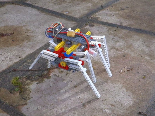 Spideruino Made by JulienChateauPublished in Arduino, C.H.I.P., and SparkFun