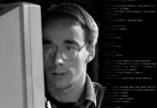 20 aniversario Linux 500x346 Estoy creando un sistema operativo (libre), sólo por hobby