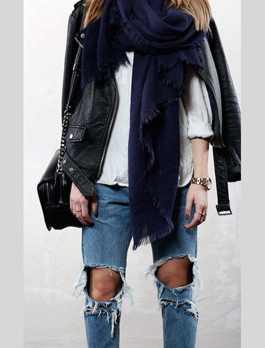 LE FASHION BLOG SWEDISH BLOGGER STYLE LEATHER DISTRESSED DENIM LISA OLSSON NAVY BLUE OVERSIZED SCARF WHITE CASUAL BUTTON DOWN SHIRT TOP CHAIN STRAP BLACK BAG RIPPED KNEE JEANS ROSE GOLD BOYFRIEND WATCH 2 photo LEFASHIONBLOGSWEDISHBLOGGERSTYLELEATHERDISTRESSEDDENIMLISAOLSSON2.jpg